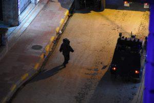 Nusaybin'de şüpheli çanta fünye ile patlatıldı