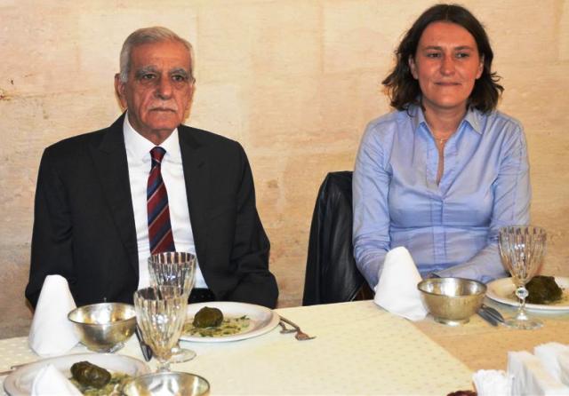 """""""Türkiye'nin mülteci politikası takdire şayan"""""""