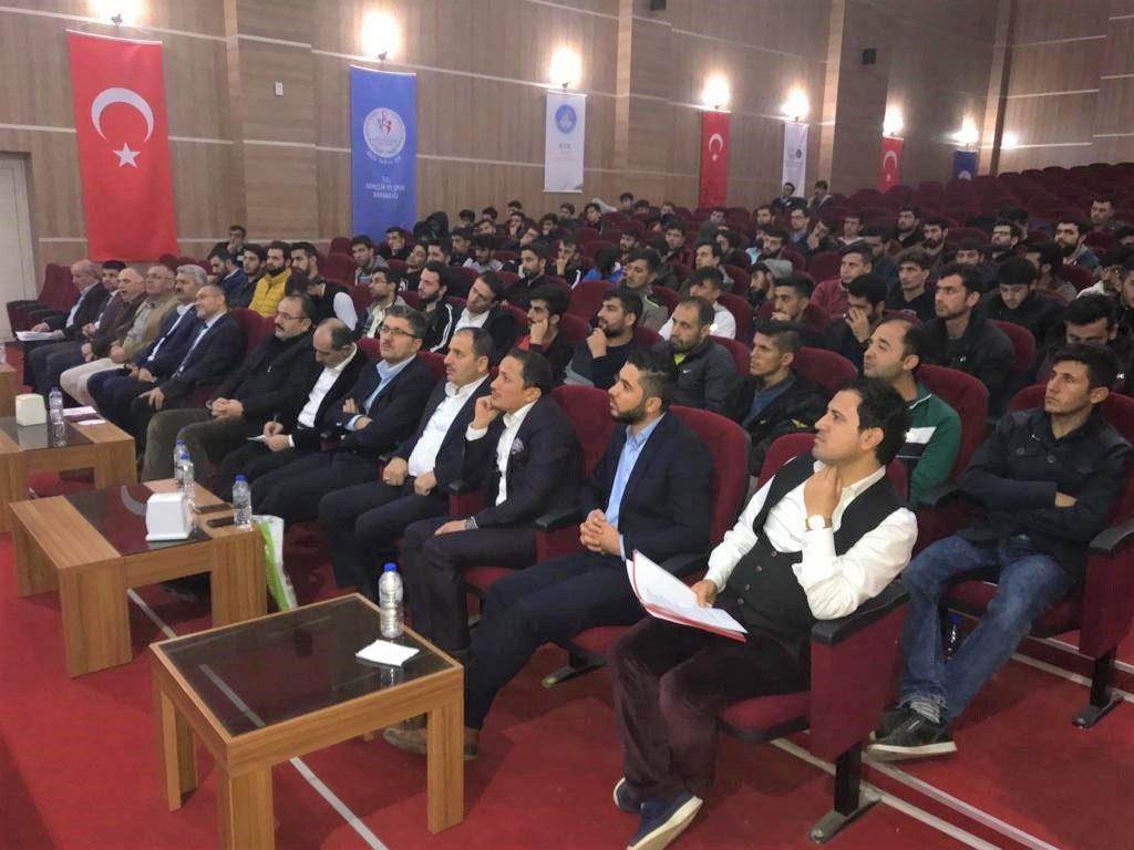 KYK'dan Peygamberimiz ve Gençlik Konferansı