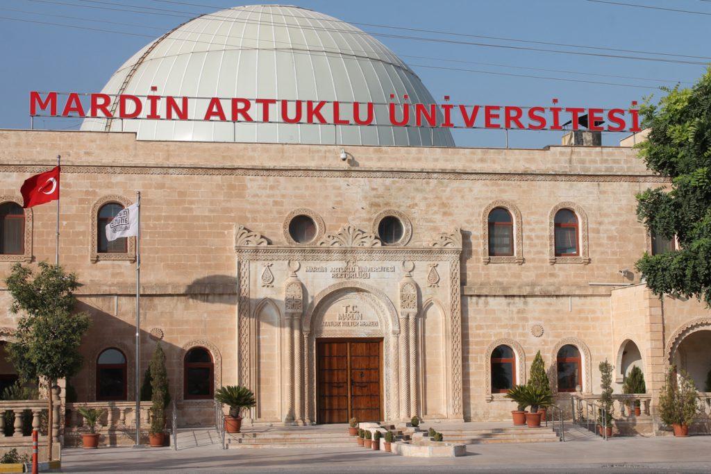 AYM'nin 'imzacı akademisyenler'  kararına karşı MAÜ'den açıklama