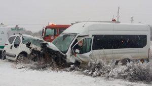 Feci kaza: 2 ölü, 16 yaralı