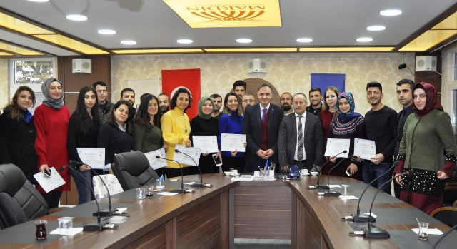 Belediye personeline girişimcilik eğitimi sertifikaları dağıtıldı
