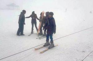 Şehit ve gazi yakınlarının kayak keyfi