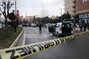 Silahlı kavga:  1 ölü, 4 yaralı