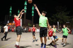 3×3 Sokak Basketbolu'nda heyecan dorukta
