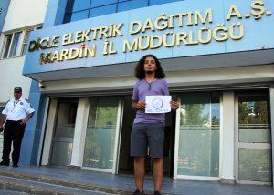 Dicle Elektrik'ten aldığı bursla  üniversiteye yerleşti