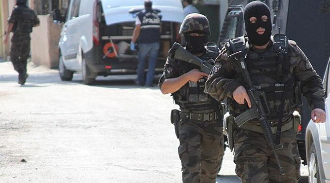 Terör operasyonu:  8 gözaltı