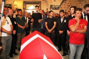 PKK'lı teröristlerce katledilen  Süryani için kilisede tören