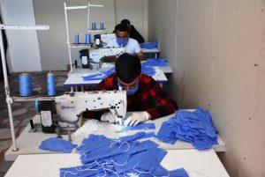 Nusaybin'de maske üretimine başlandı