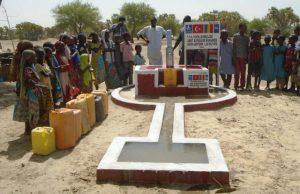 Gençler  Afrika'da Su Kuyusu Açtı
