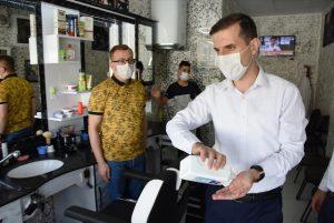 Nusaybin Kaymakamı Temizkan, maske denetimi yaptı