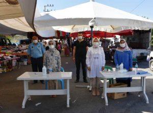 Dargeçit'te Halk Pazarında Vatandaşlara Maske Dağıtıldı