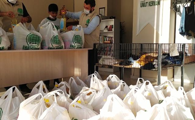Muhtaçlara Ev Eşyası ve Gıda Yardımıyla Umut Oldular
