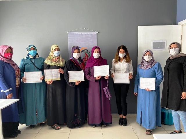 Kur'an-ı Kerim kursunda 3 aylık eğitim alan kursiyerlere sertifika