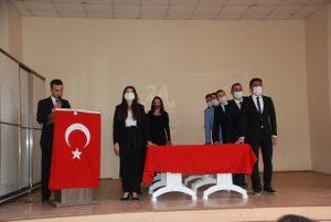 Midyat'ta 24 Kasım Öğretmenler Günü
