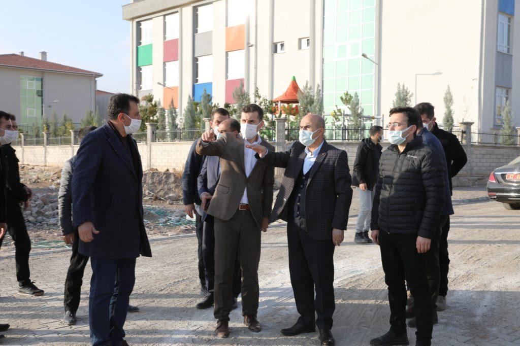 Vali Demirtaş, çevre yolunun yapılacağı güzergâhta incelemelerde bulundu