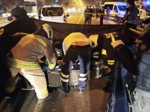 Hafif ticari araç ile motosiklet çarpıştı: 1 ölü, 1 yaralı