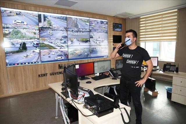 """Mardin polisinden """"ohh ohh"""" yazılı tişörtlerle terörle mücadelede kararlılık mesajı"""