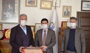 Kızıltepe Ticaret ve Sanayi Odasından eğitime tablet desteği