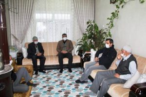 Ak Parti Mardin İl Başkanlığı'ndan Doğa İnsanı Şeyhmus Amcaya Ziyaret
