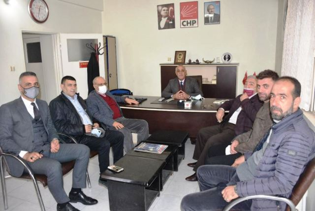 CHP İl Başkanı Kılıçaslan, Koltuğuna Oturdu