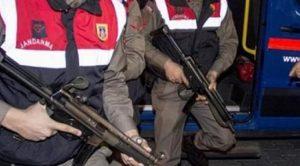 Terör operasyonunda  gözaltına alınan 3  şüpheliden biri tutuklandı