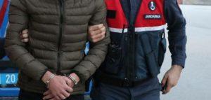 Türkiye'ye yasa dışı  yollardan girmeye çalışan  4 Suriyeli yakalandı