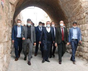 AK Parti Mardin milletvekilleri, Midyat'ta çeşitli ziyaretlerde bulundu