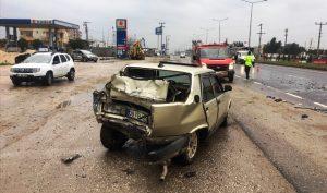 Tırın otomobille çapşması sonucu bir kişi yaralandı