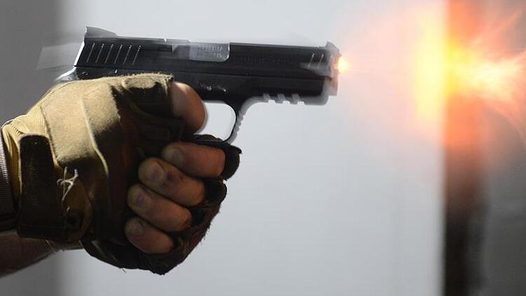 İki aile arasında çıkan silahlı kavgada 1 kişi öldü, 4 kişi yaralandı