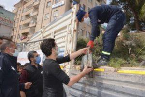 Kızıltepe Belediyesi vatandaşlara 12 bin fidan dağıttı
