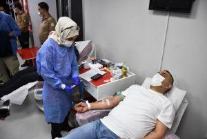 Polislerden Kan bağışı