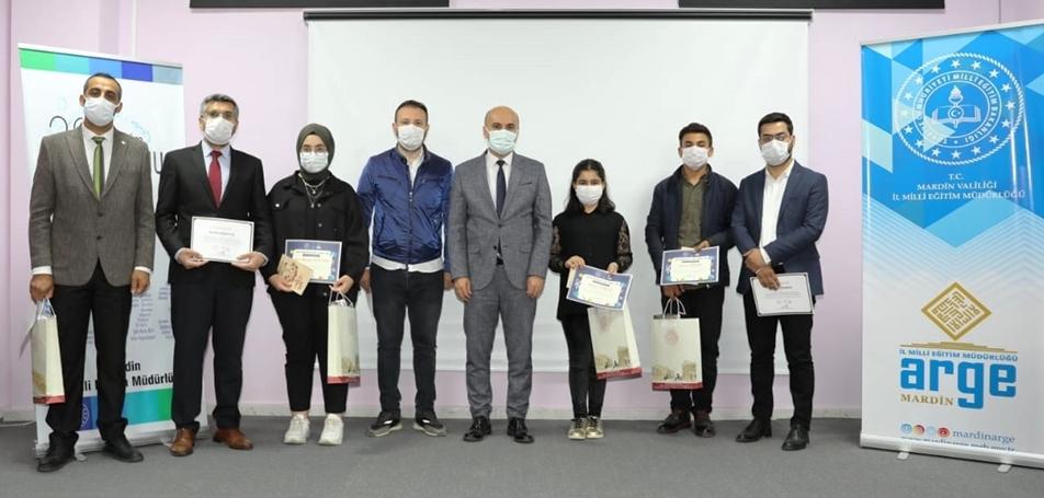 Resim yarışmasında dereceye girenler ödüllendirildi