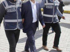 """Dolandırıcılık  zanlısı """"sahte avukat""""  tutuklandı"""