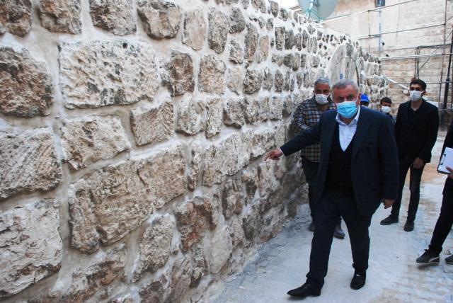 Başkan Şahin, Sokak sağlıklaştırma çalışmalarını inceledi