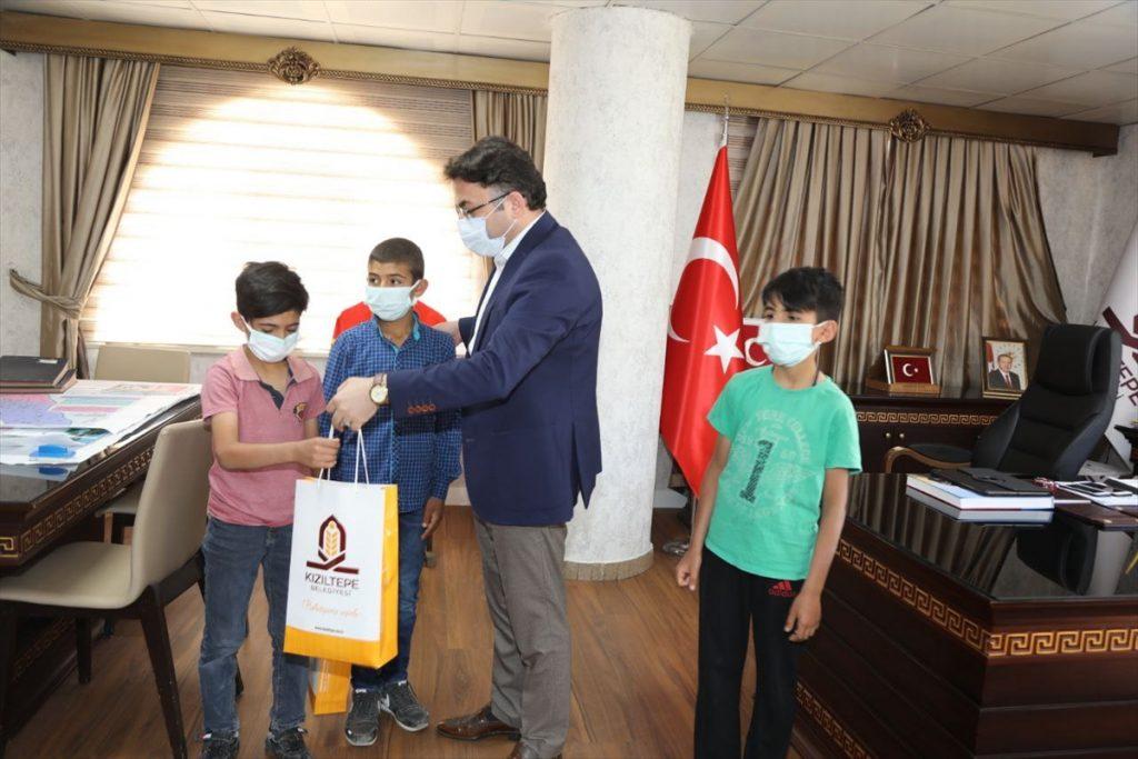 İçinde hayvan sevgisi taşıyan çocuklara Ramazan Bayramı hediyesi
