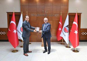 BİK Diyarbakır Şube Müdürü Başeğmez'den Vali Münir Karaloğlu'na ziyaret