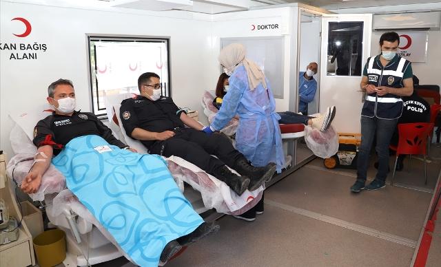Polisten kan bağış kampanyasına destek