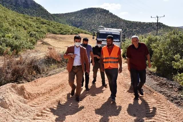 Başkan Aksoy Asfalt Çalışmalarını İnceledi