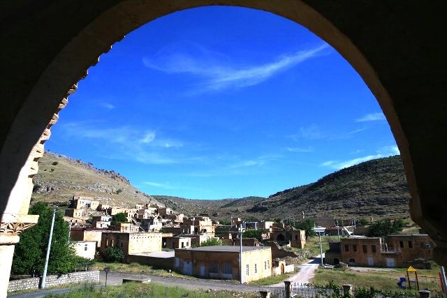 Mardin'de film ve dizilere ev sahipliği  yapan Dereiçi, turizme kazandırılacak