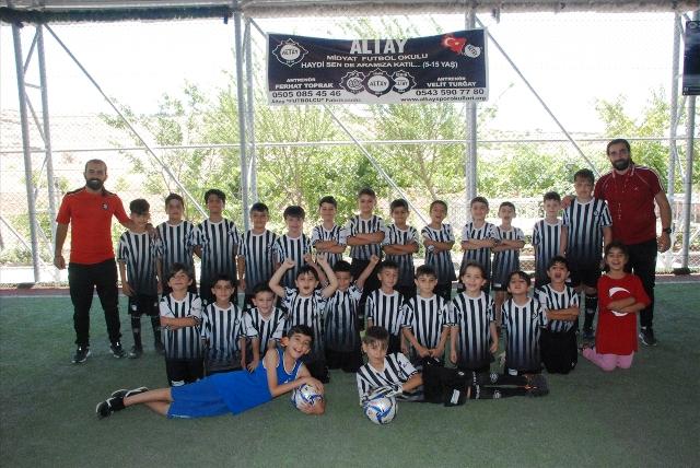 Midyat'ta futbol okulu açıldı